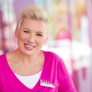 Shop Managerin Roswitha Stolz