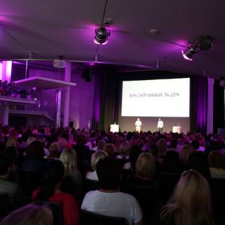Bild der Präsentation aus Zuschauerperspektive