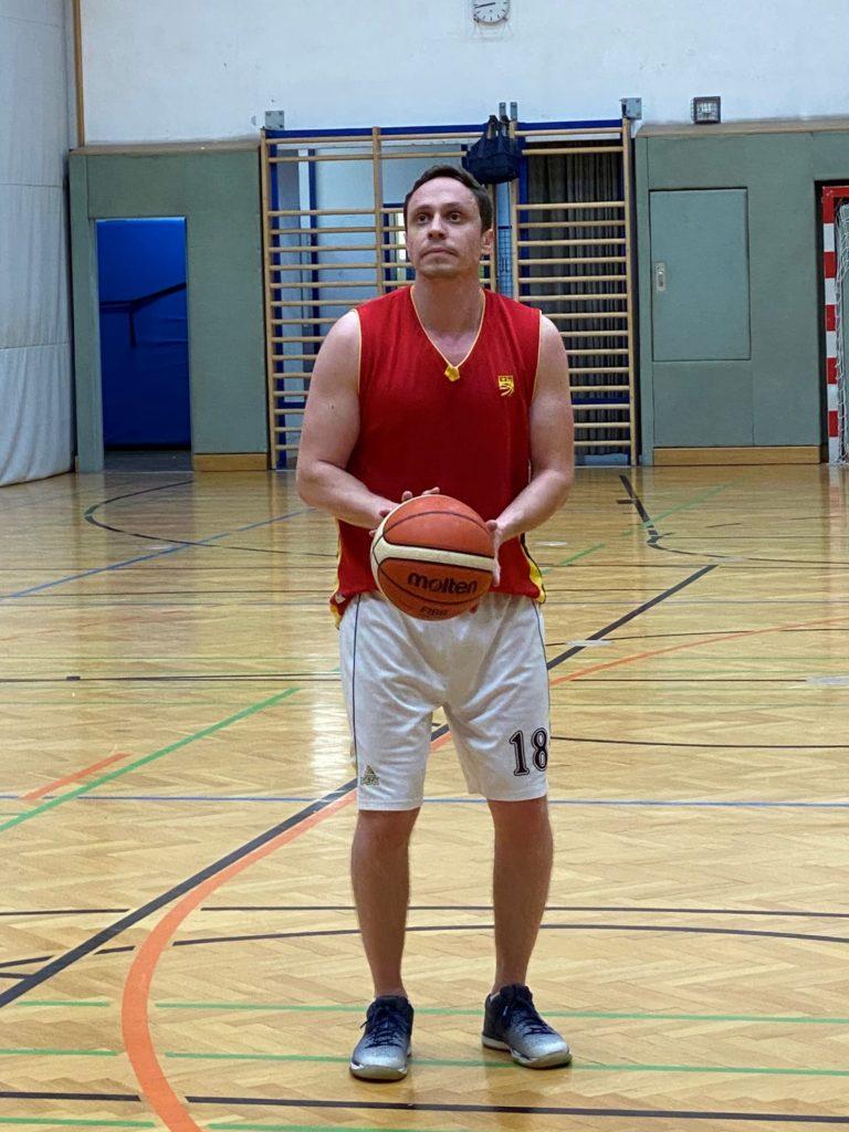 Andrei Nan - Rayonsleiter (Basketballtraining)